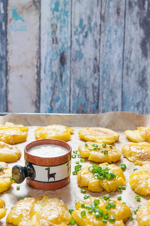 how to make lebanese garlic sauce with potatoes