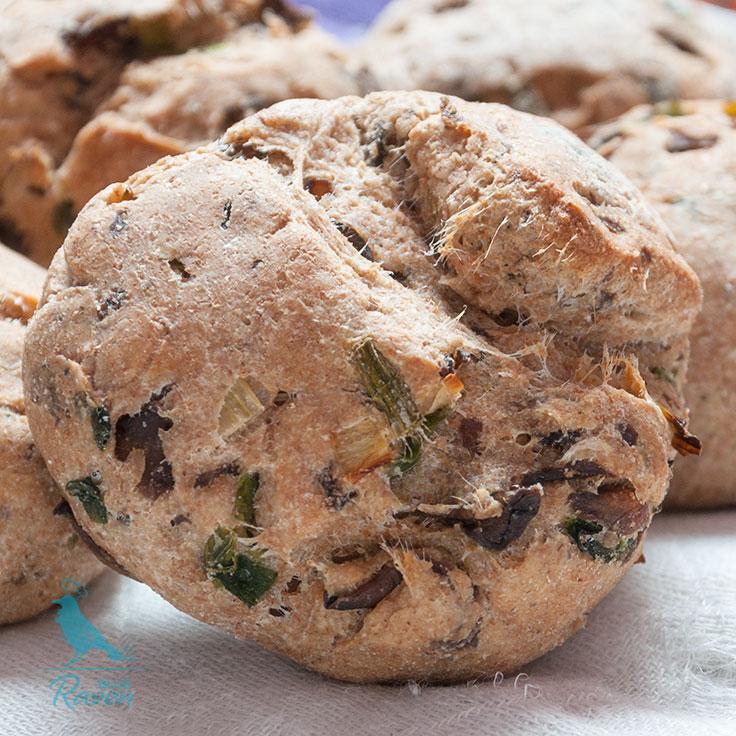 Spelt bread rolls with mushrooms. #vegan