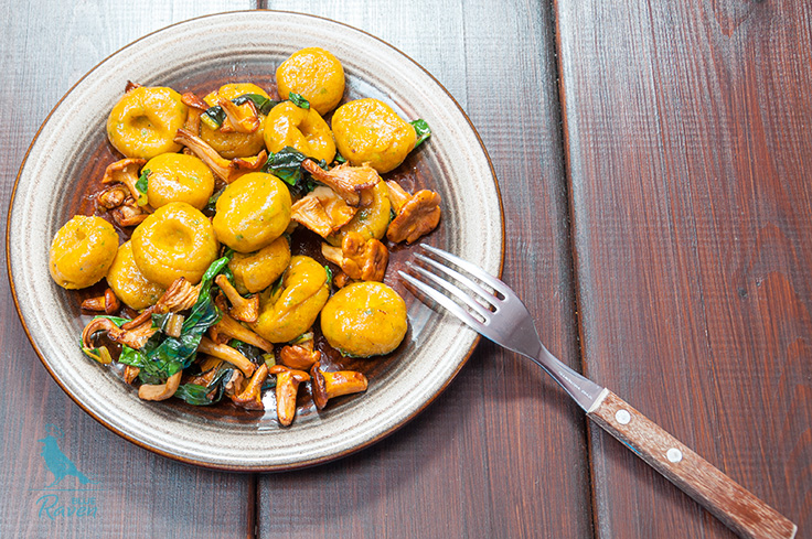 Pumpkin gnocchi with chanterelles and beat leaves. #vegan #vegetarian #glutenfree #flaxseed egg