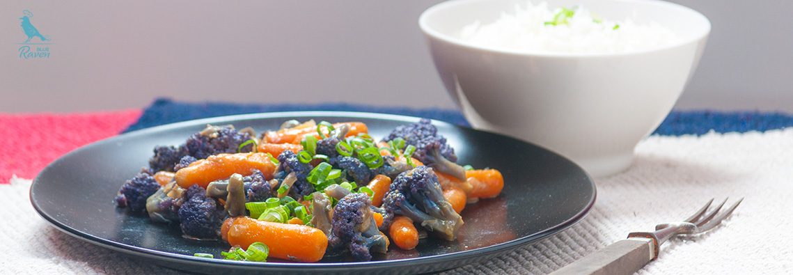 Purple cauliflower and mini carrots curry. #curry #vegan #glutenfree #purple cauliflower #carrot