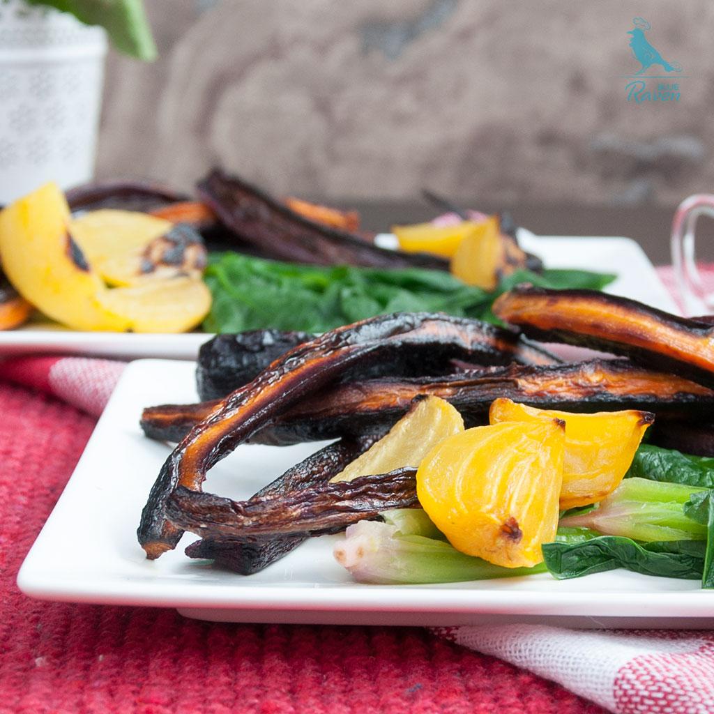 Baked vegetables salad with roasted garlic sauce #vegan #glutenfree