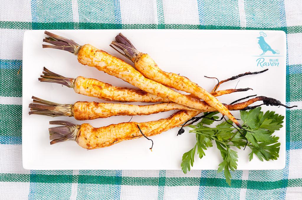 Baked parsley roots glazed with sriracha sauce #vegan #gluten-free #sriracha #chili-sauce