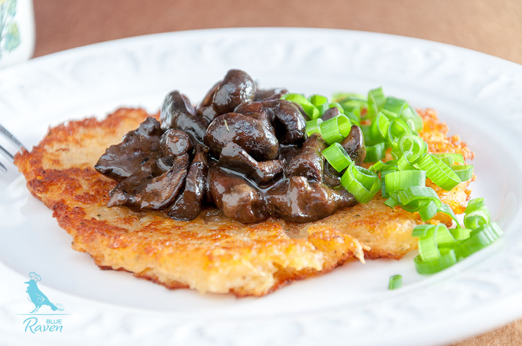 Potato patties with stewed wild mushrooms (vegan) #vegan #gluten-free
